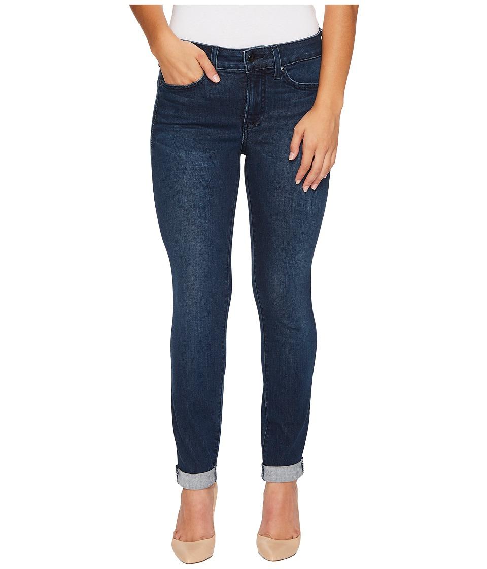 NYDJ Petite Petite Girlfriend Jeans in Smart Embrace Denim in Morgan (Morgan) Women