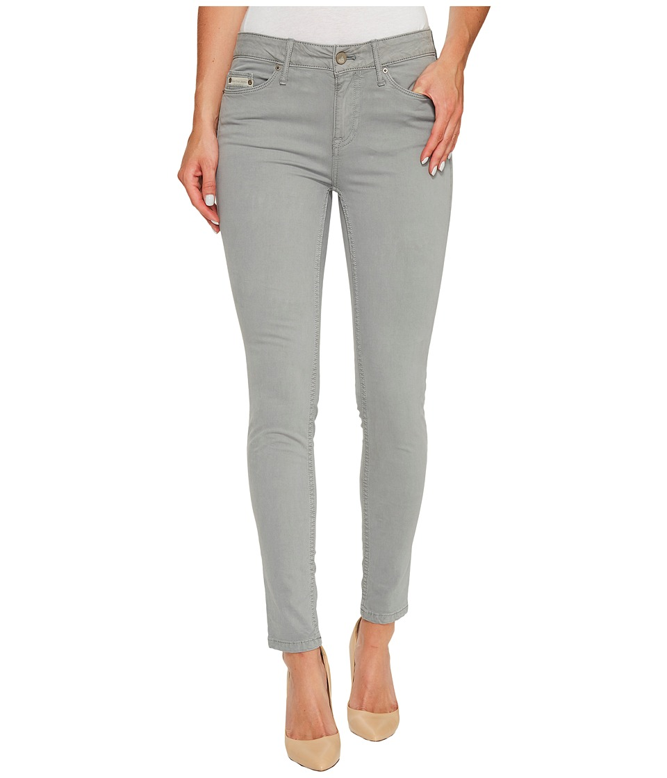 Calvin Klein Jeans Garment Dyed Ankle Skinny Pants in Monument (Monument) Women