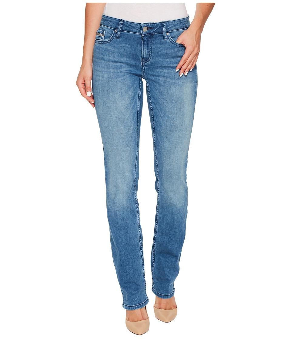 Calvin Klein Jeans Straight Leg Jeans in Sunlit Blue Wash (Sunlit Blue) Women