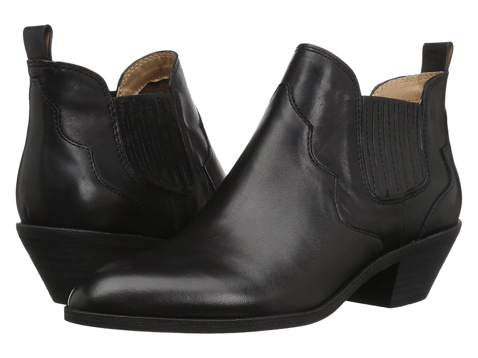G.H. Bass & Co. Naomi (Black Leather) Women