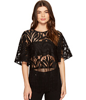 ROMEO & JULIET COUTURE - Patterned Lace 3/4 Bell Sleeve Top