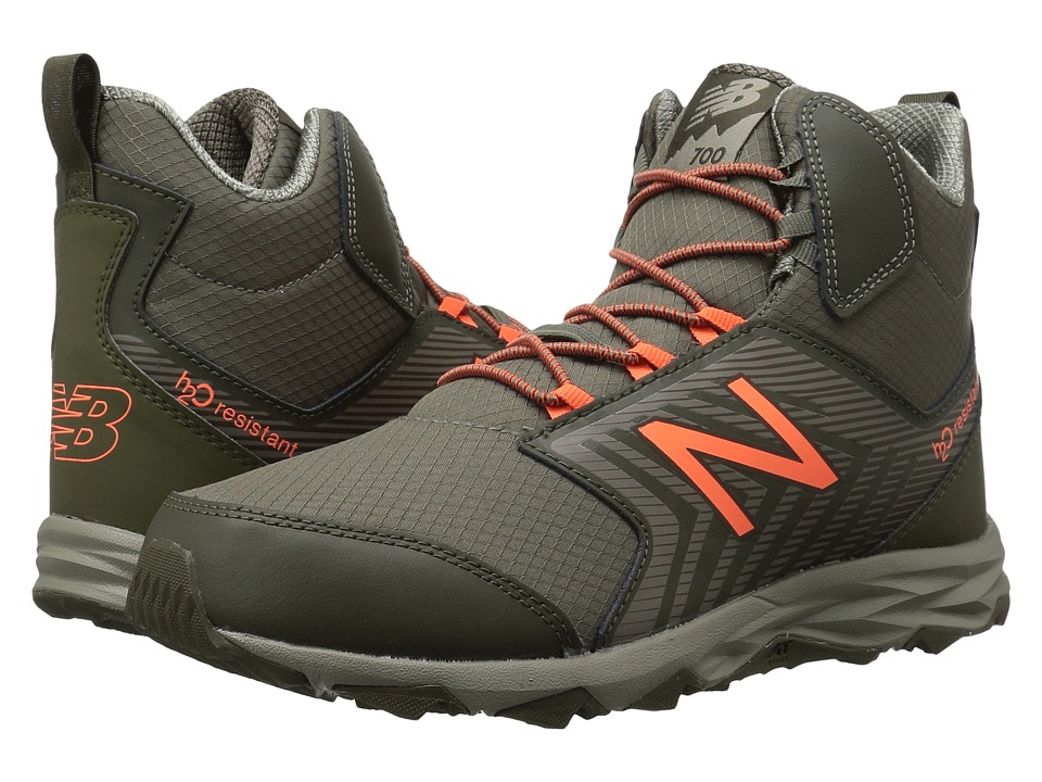 New Balance Kids KH700v1Y (Little Kid/Big Kid) (Olive/Orange) Boys Shoes