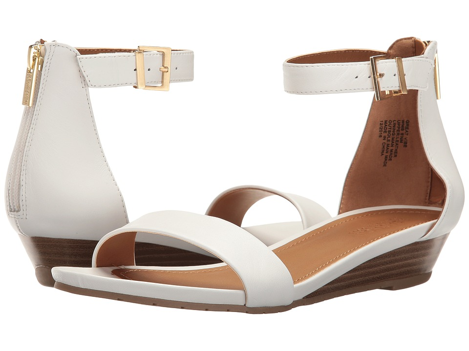 Kenneth Cole Reaction Great Vibe (White) Women