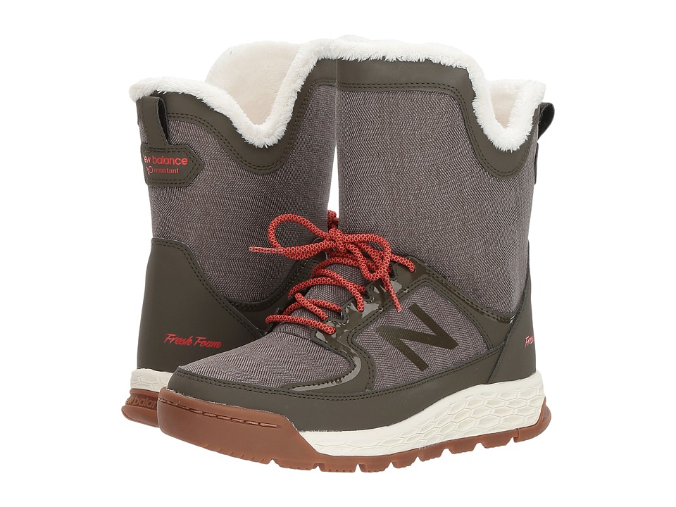 New Balance BW2100v1 (Olive/Red) Women's  Boots