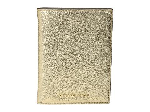 MICHAEL Michael Kors Mercer Passport Wallet - Pale Gold