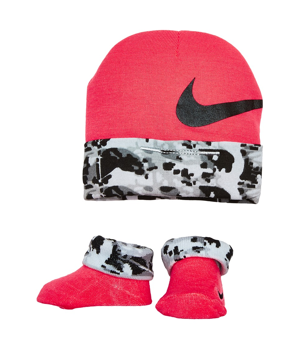 Nike Kids 2-Pair Pack Daytrip Hat Bootie (Infant) (Racer Pink) Girls Shoes