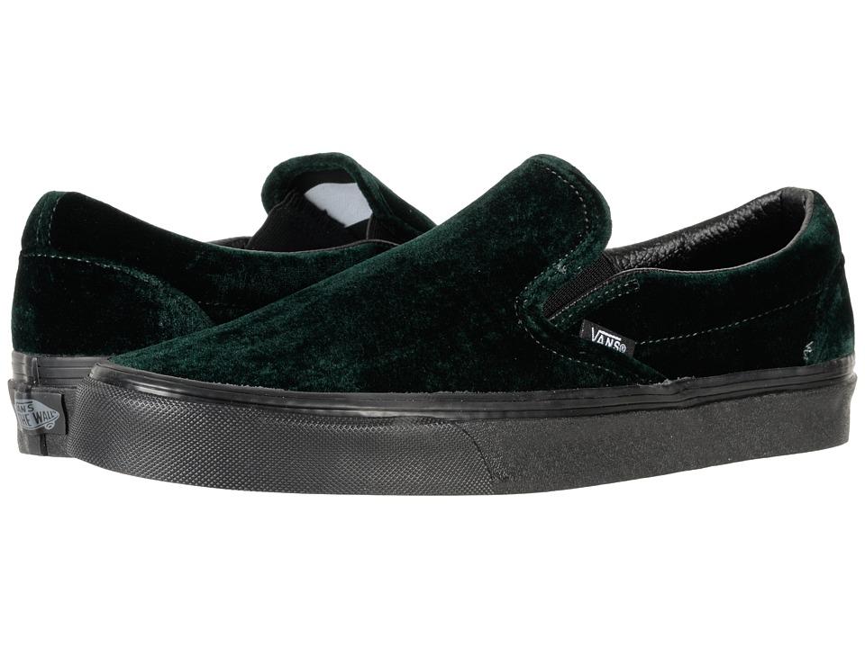 Vans Classic Slip-Ontm ((Velvet) Green/Black) Skate Shoes