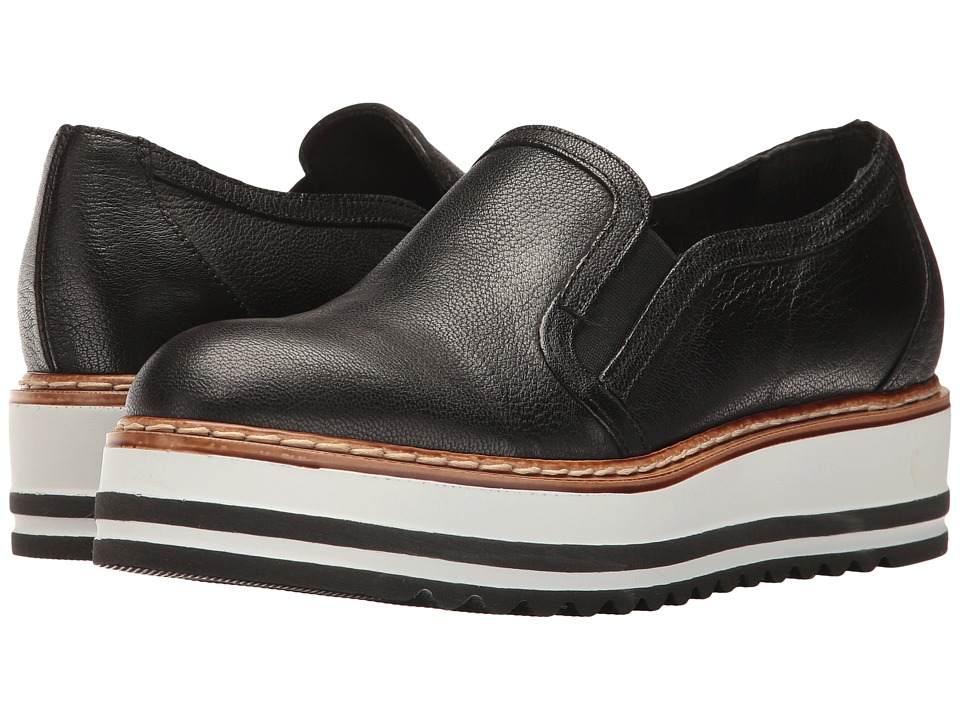 Summit by White Mountain Belton (Black Leather) Women
