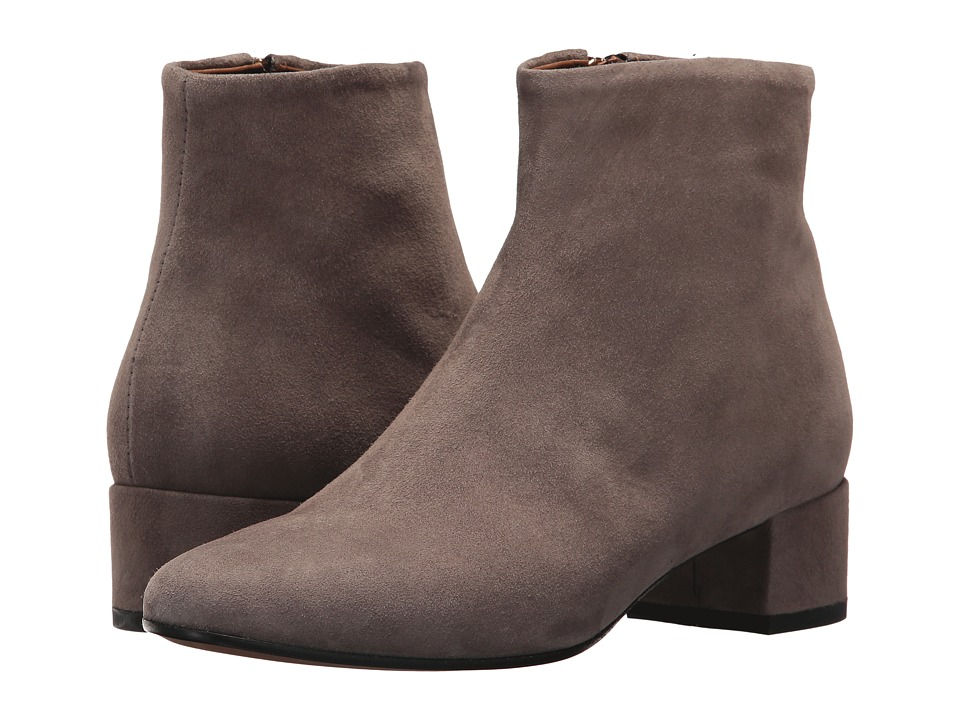 Summit by White Mountain Jordie (Taupe Suede) Women