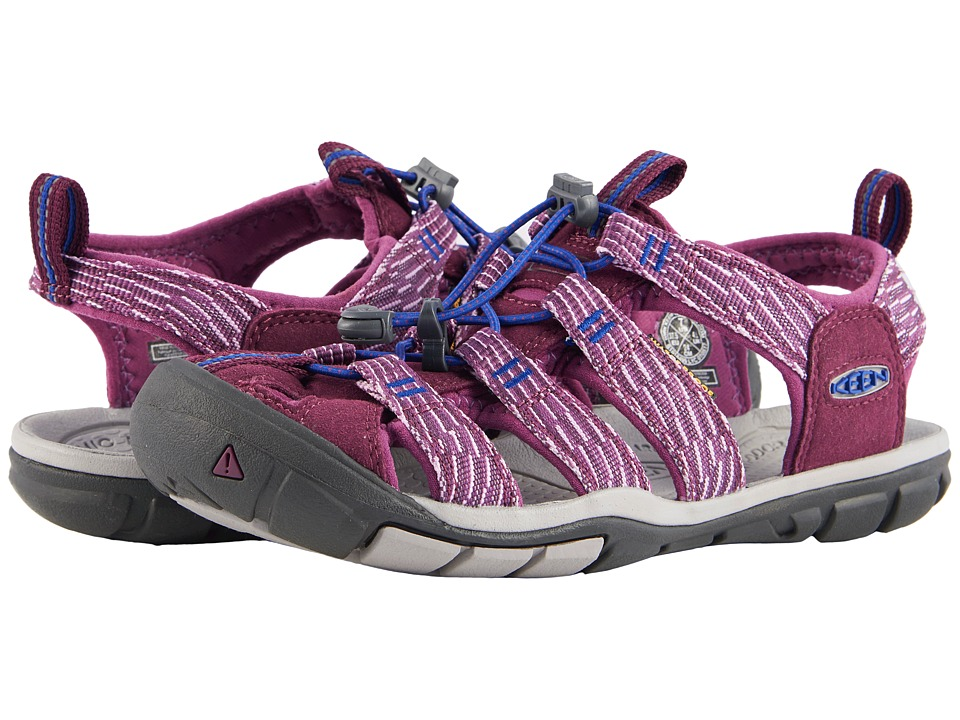 Keen Clearwater CNX (Grape Wine/Grape Kiss) Women's Shoes