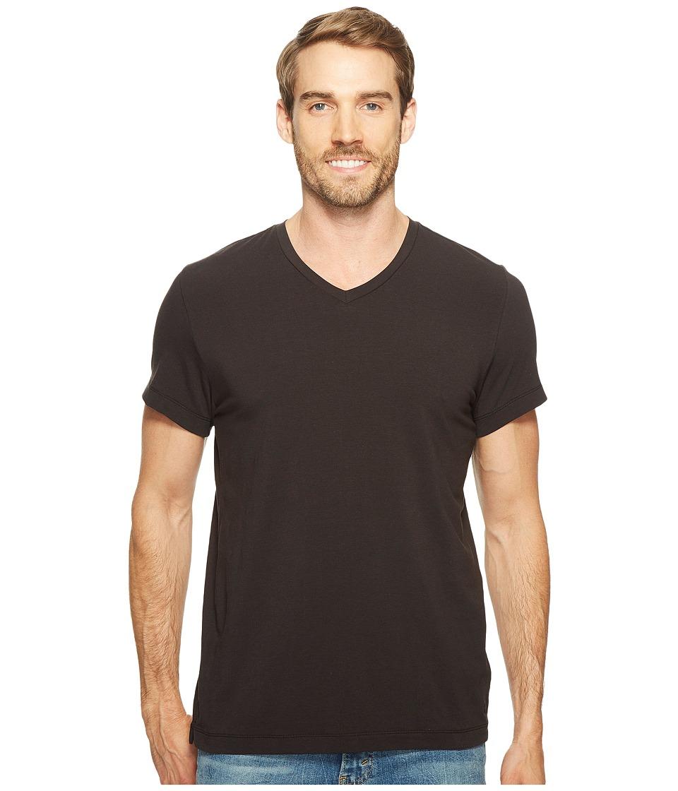 Kenneth Cole Sportswear - Cotton Spandex V-Neck Tee