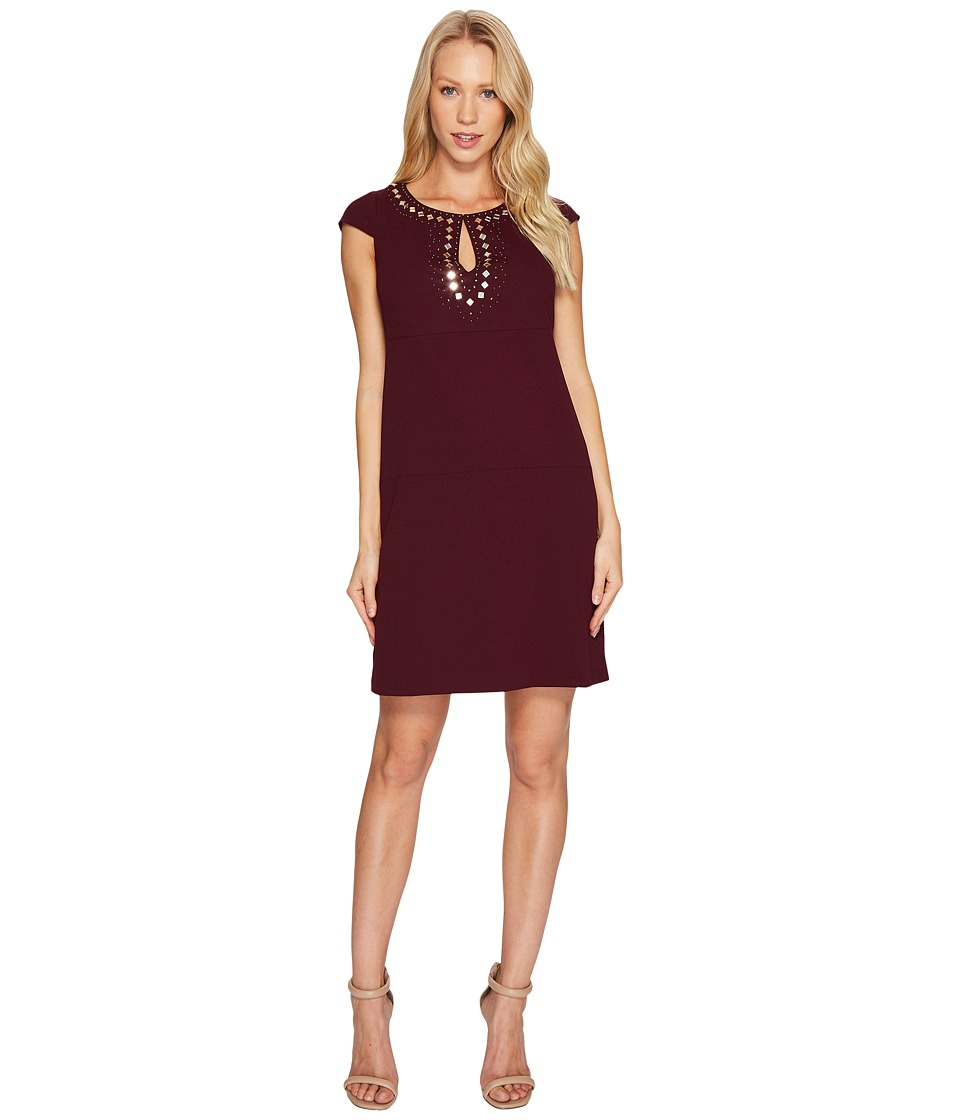 Jessica Simpson - Short Sleeve Dress w/ Keyhole Neck (Winetasting) Womens Dress