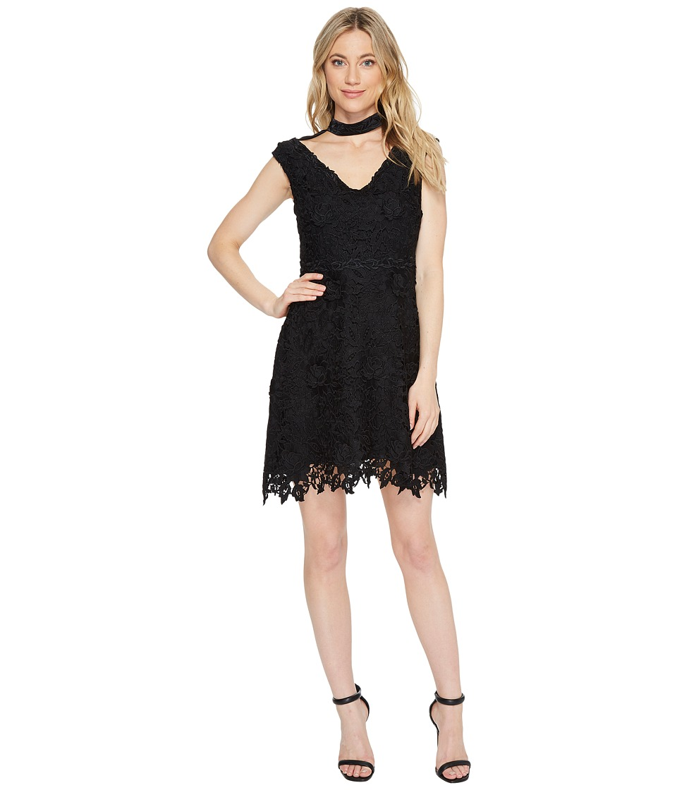 Laundry by Shelli Segal - Cap Sleeve V-Neck Fit Flare Dress (Black) Womens Dress