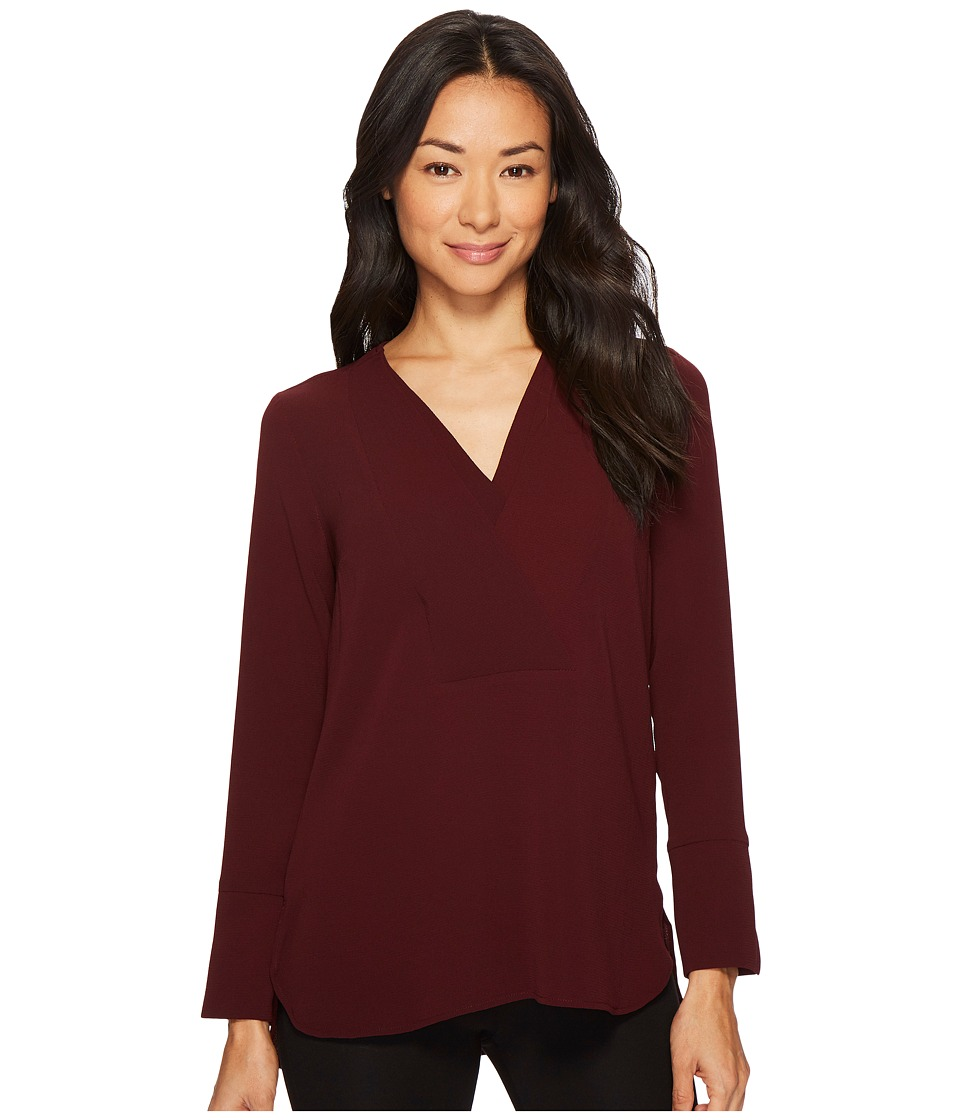 Vince Camuto Specialty Size - Petite Long Sleeve Doubled V