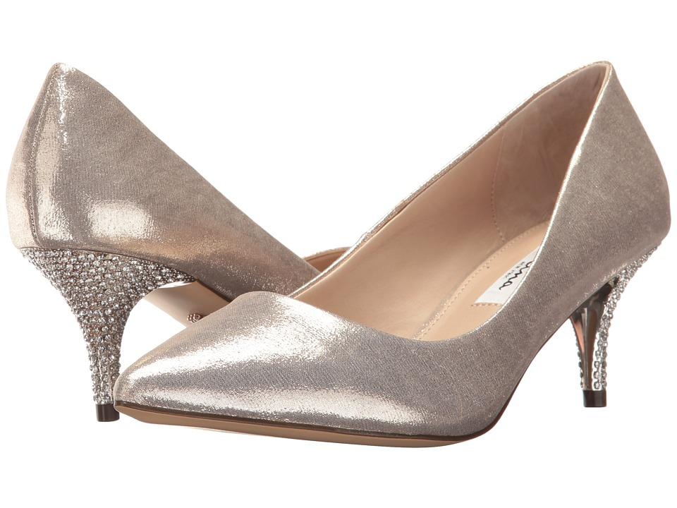 NinaTiara  (Taupe) Womens 1-2 inch heel Shoes