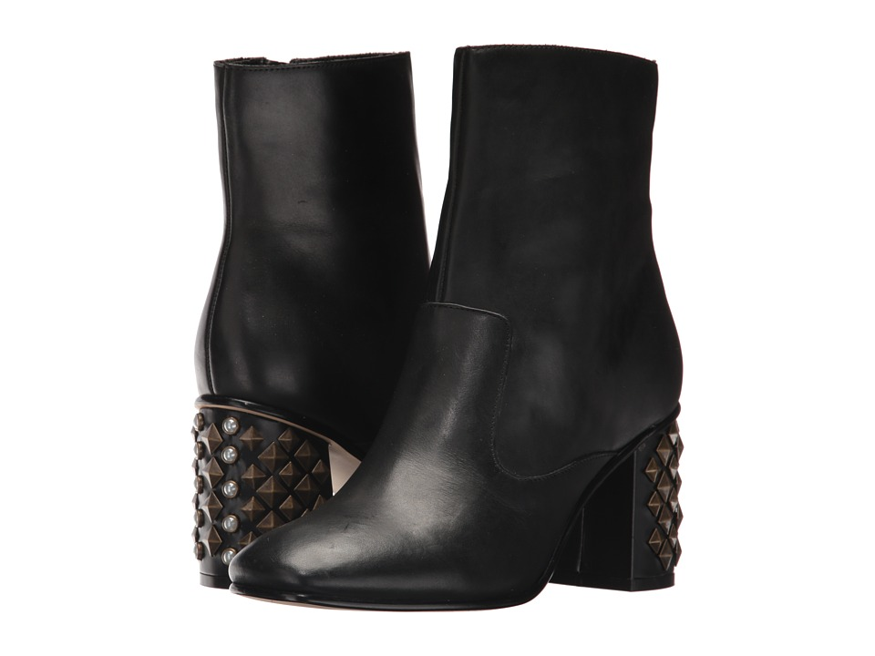 GUESS Madeup (Black Leather) Women