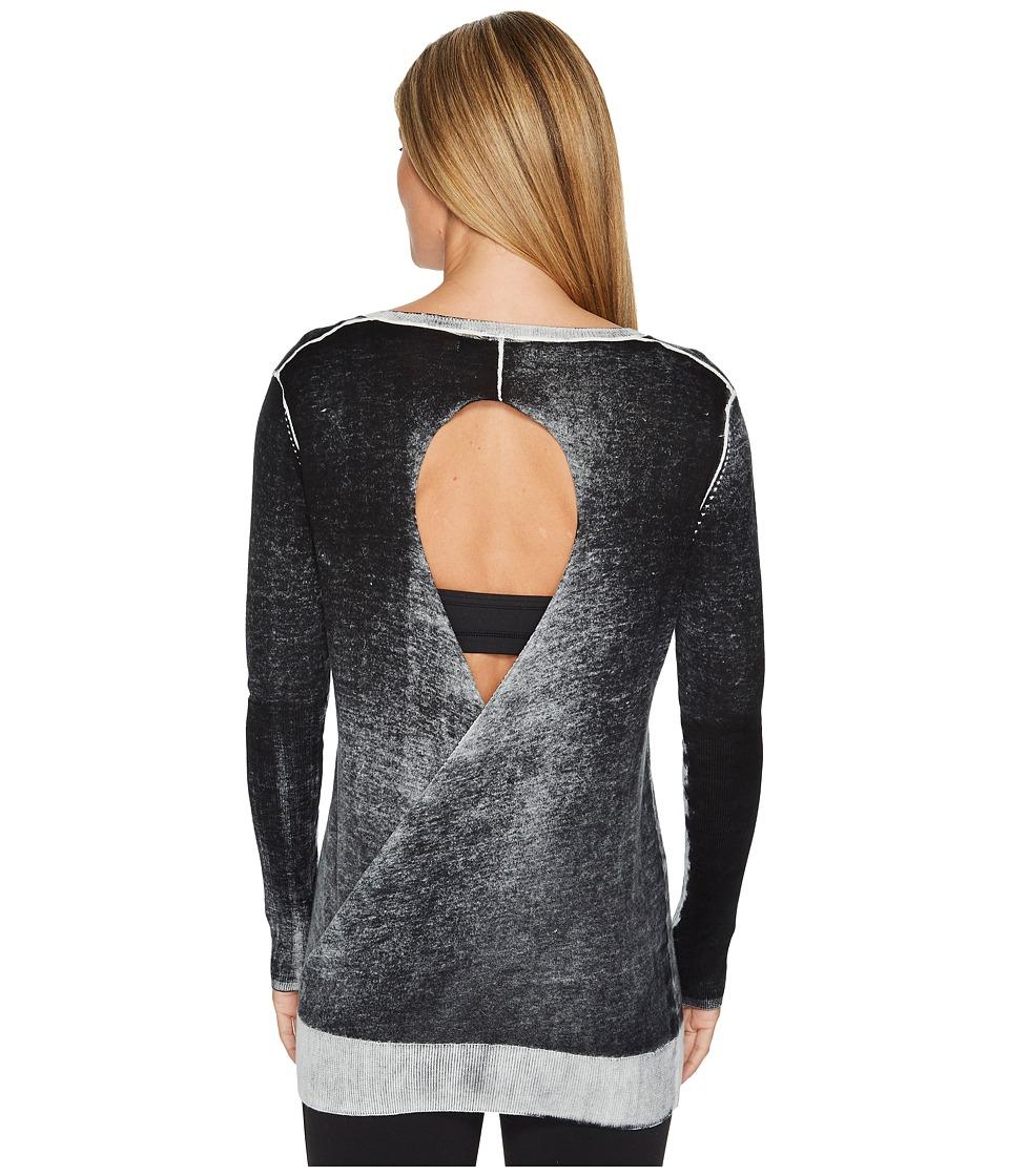 Blanc Noir - Twist Sweater