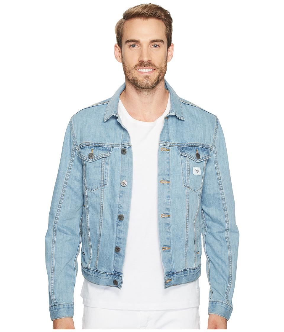 Calvin Klein Jeans Light Wash Trucker Jacket (Light Wash) Men