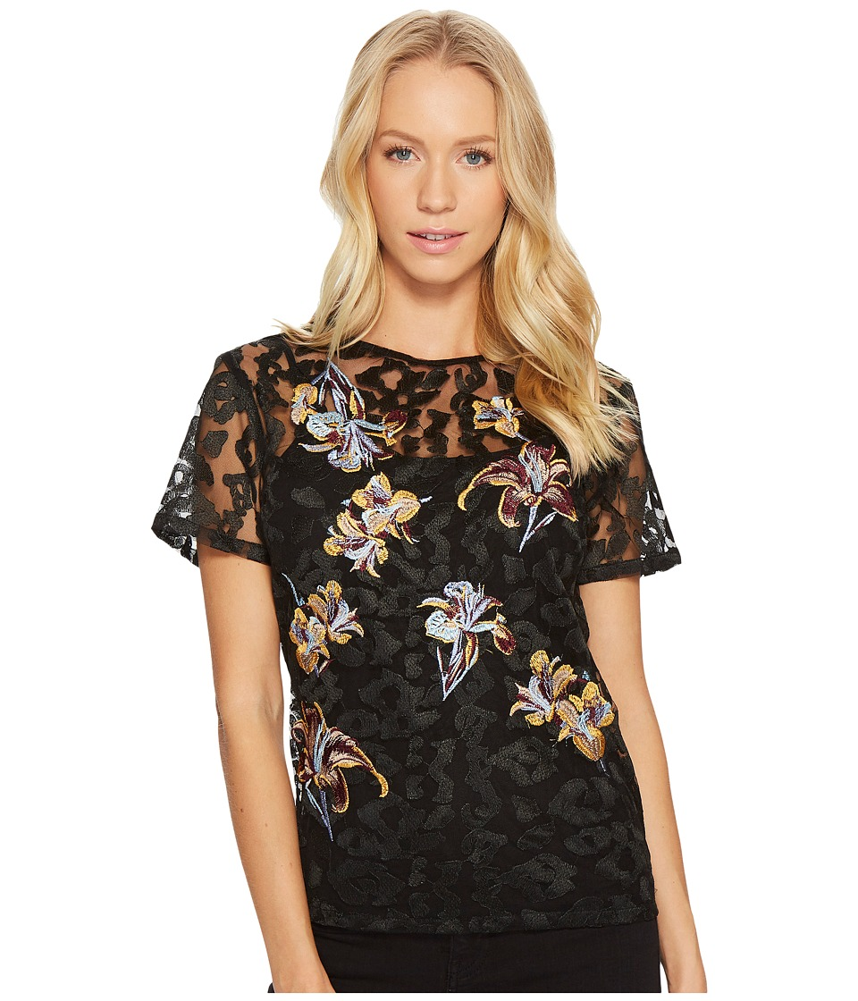 CATHERINE Catherine Malandrino - Short Sleeve Lace Embroidered Scoop Neck Top