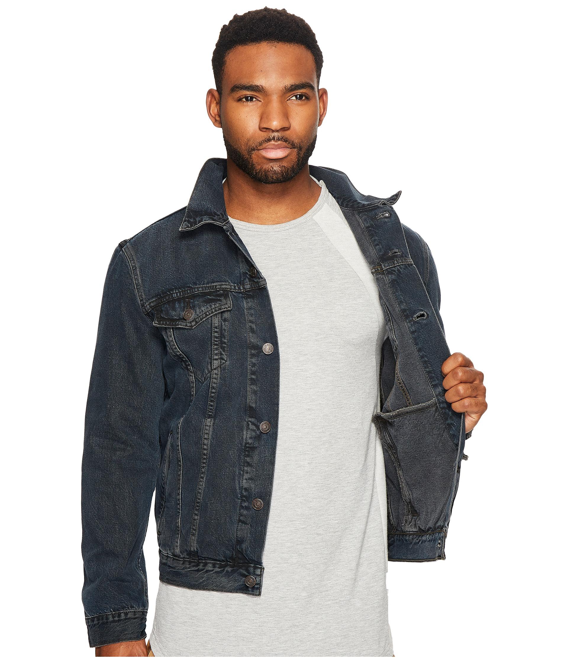Levi's® Mens The Trucker Jacket at Zappos.com
