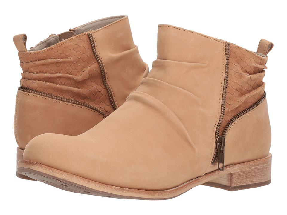 Caterpillar Casual Kiley (Tan) Women's Shoes