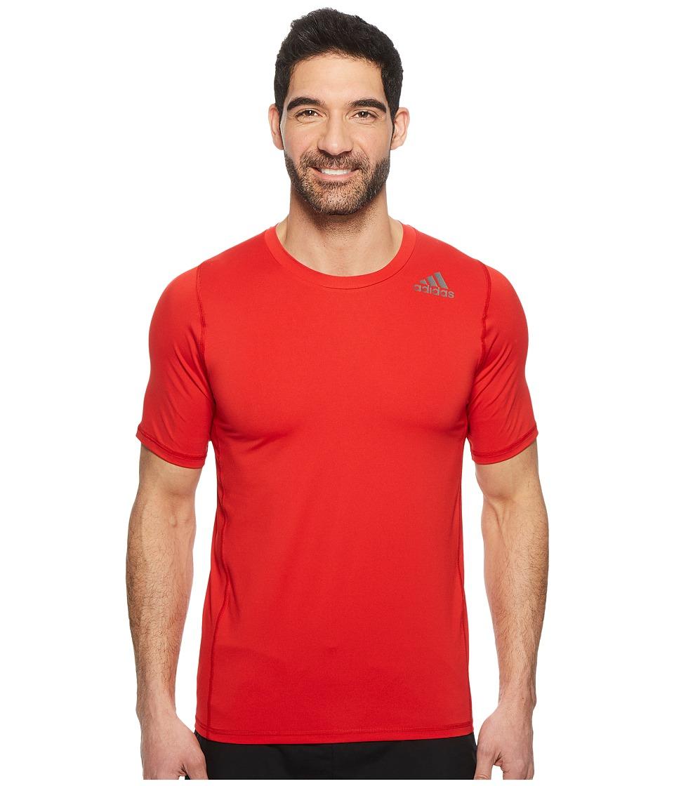 adidas Alphaskin Sport Fitted Short Sleeve Tee (Scarlet) Men