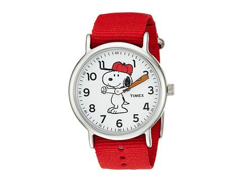 Timex Weekender X Peanuts Nylon Slip-Through Strap - Red/Snoopy
