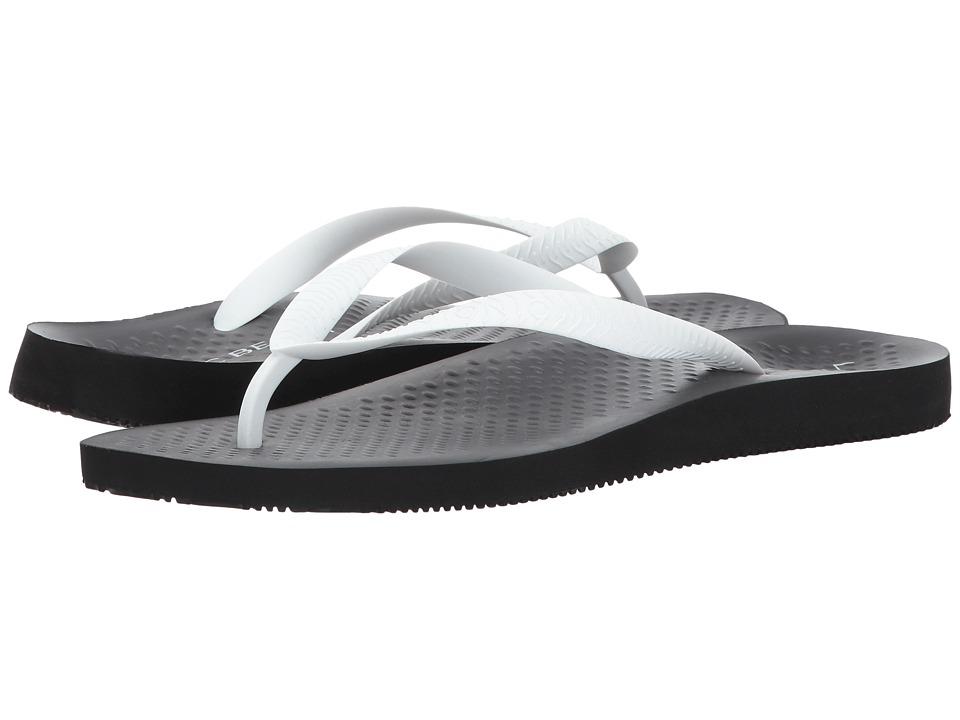 VIONIC - Beach Manly (Black/White) Men's Sandals