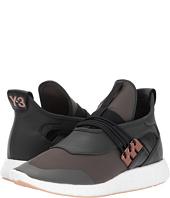 adidas Y-3 by Yohji Yamamoto - Elle Run