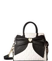 Betsey Johnson - 3 Entry Shopper