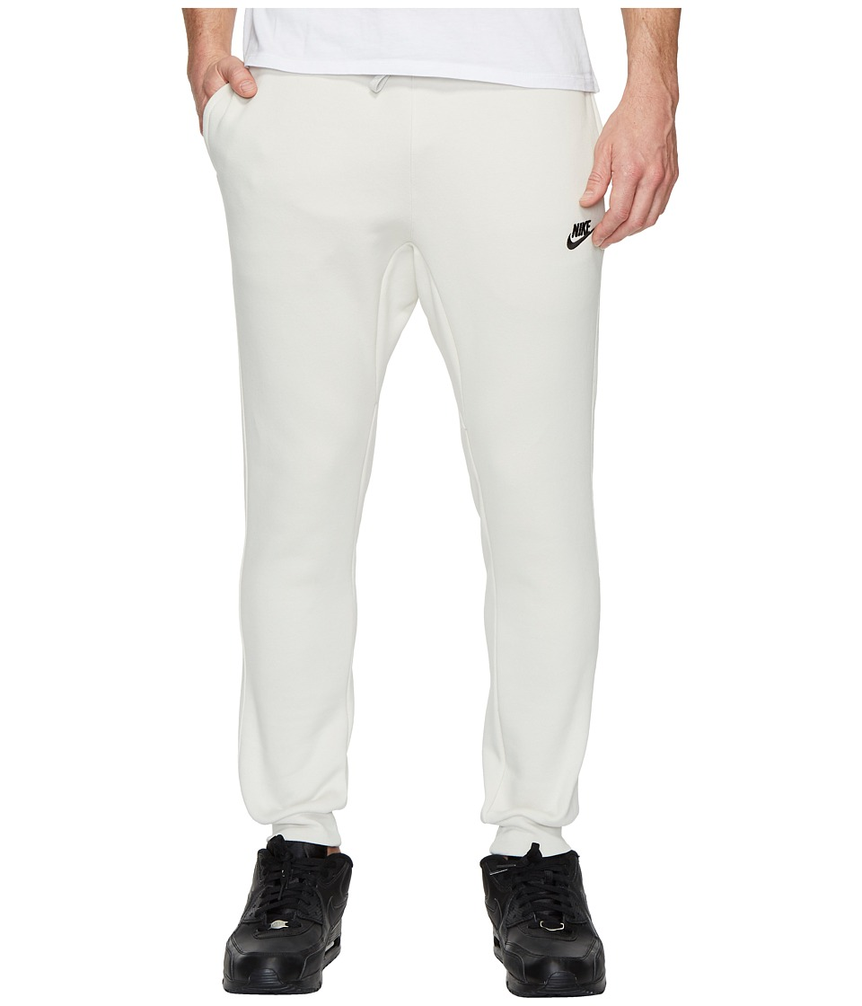 Nike Sportswear Fleece Jogger (Light Bone/Black) Men