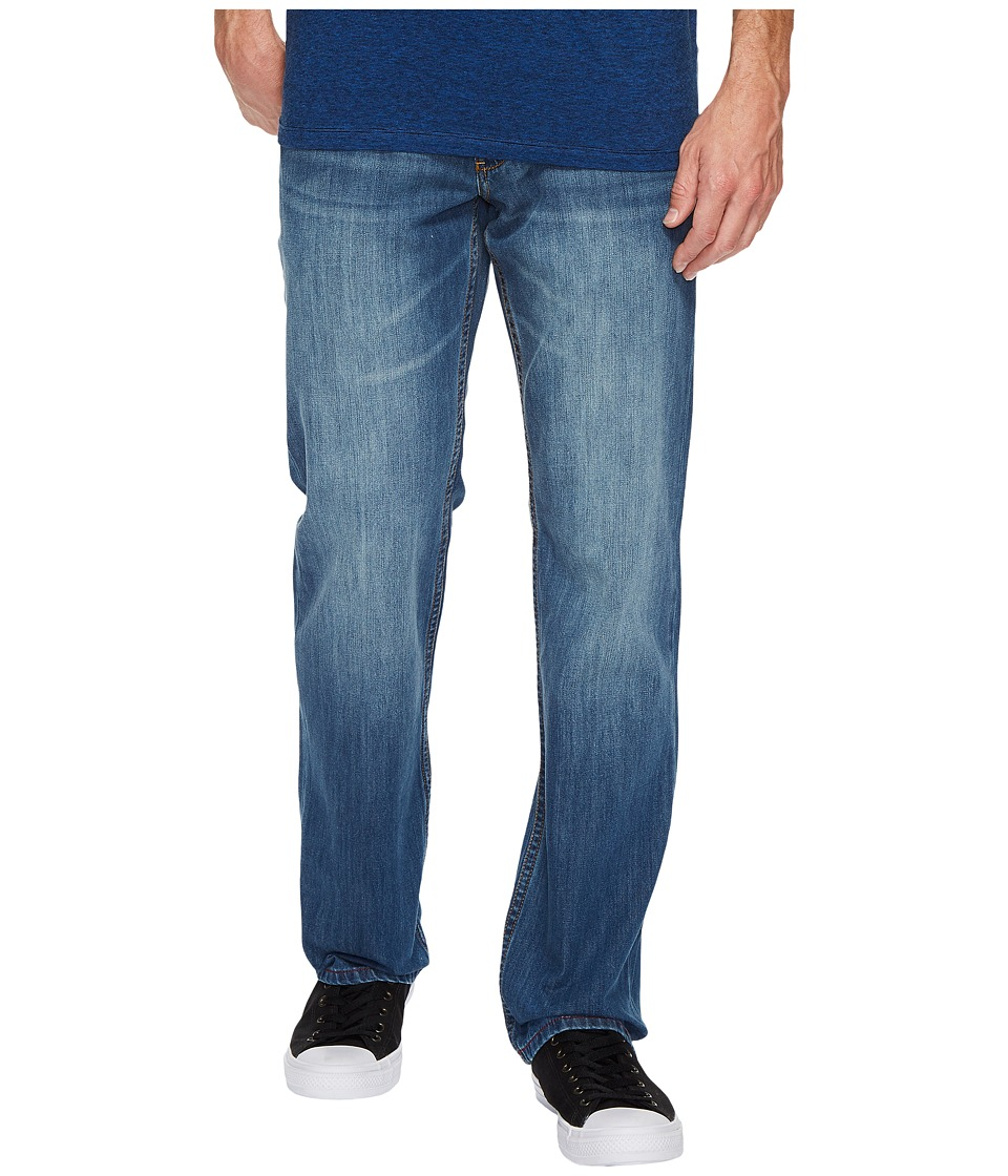 Tommy Bahama Authentic Fit Barbados Jeans (Light Indigo Wash) Men