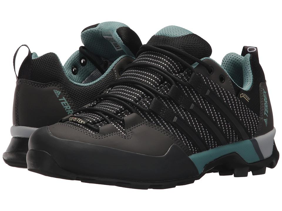 adidas Outdoor Terrex Scope GTX(r) (Carbon/Black/Ash Green) Women