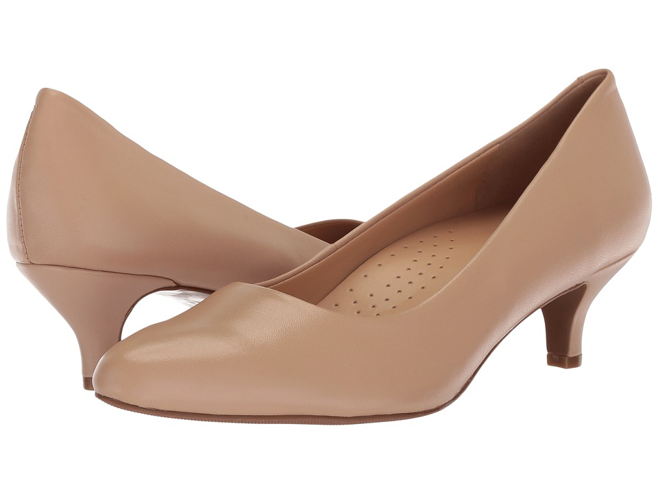 Trotters Kiera (Nude Soft Leather) 1-2 inch heel Shoes