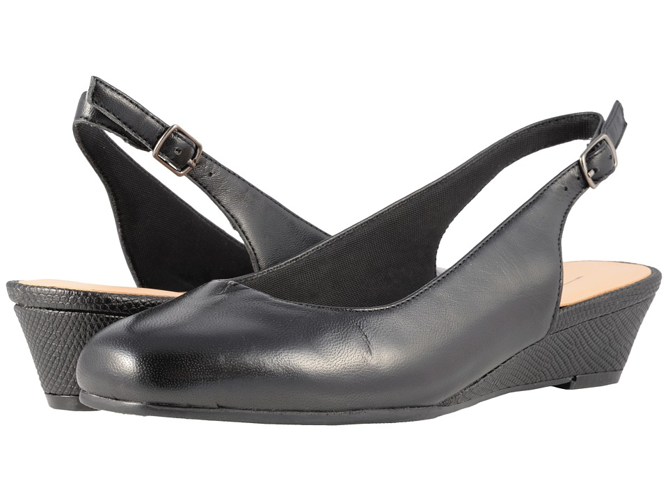 Trotters Lenore (Black Soft Leather) Slip-On Shoes