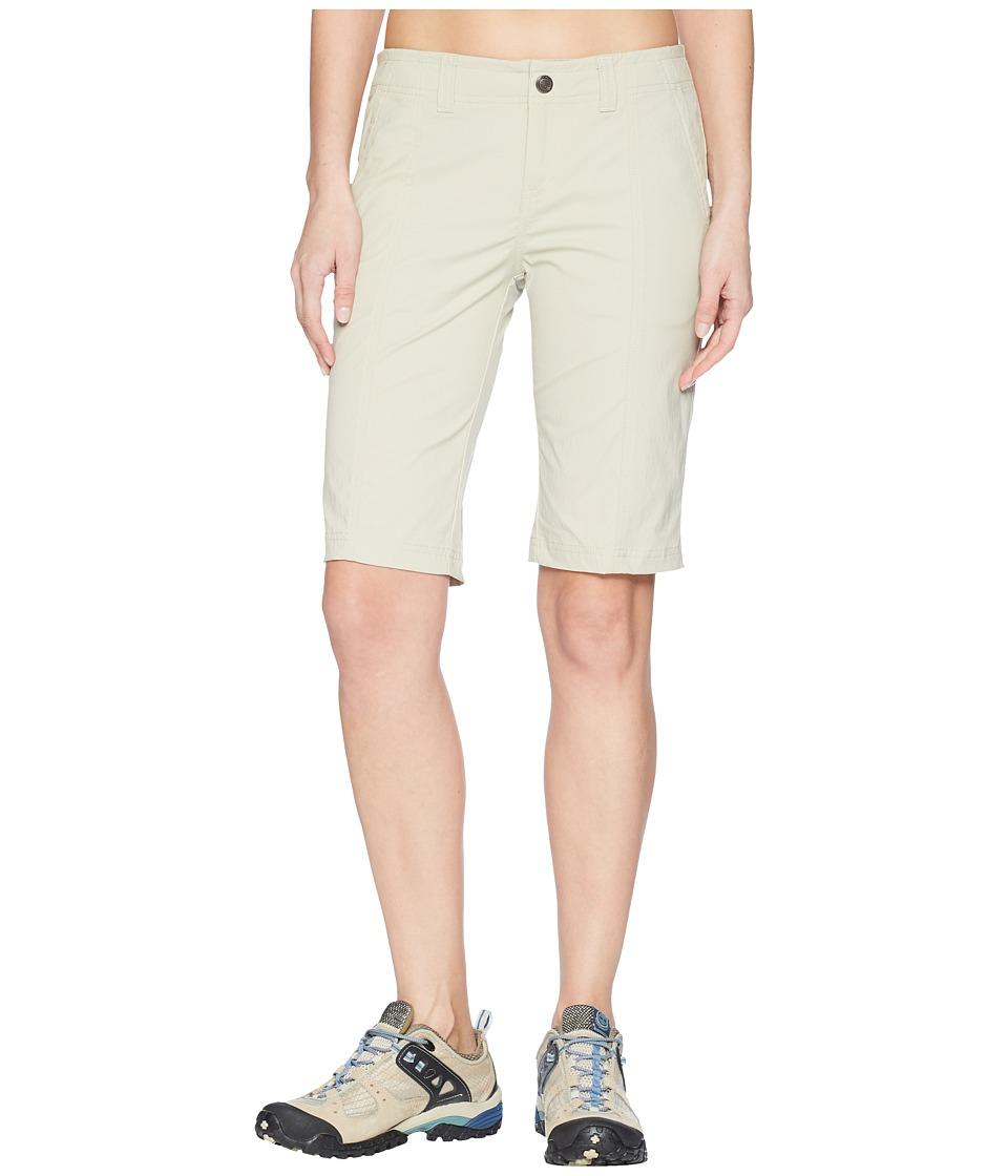 Royal Robbins - Discovery Bermuda (Sandstone) Womens Shorts
