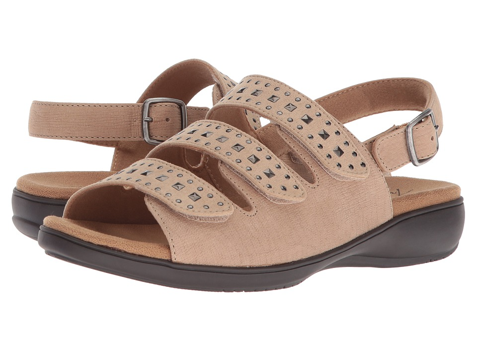 Trotters Tonya (Sand Embossed Soft Leather/Studs) Women