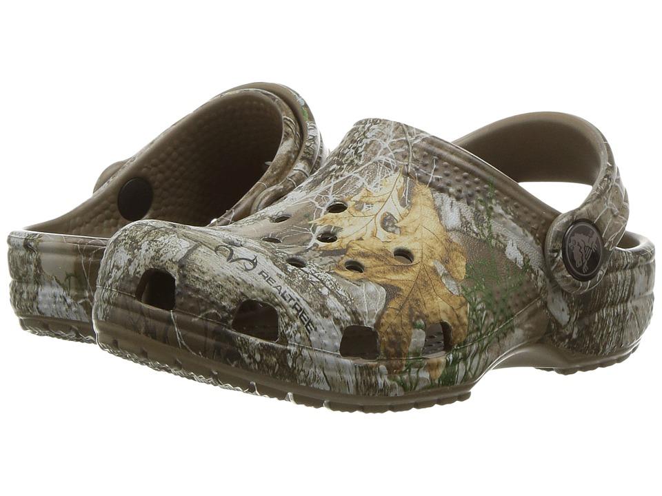Crocs Kids - Classic RealTree Edge Clog (Toddler/Little Kid) (Walnut) Kids Shoes