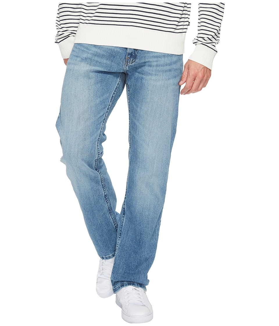 Nautica Relaxed Fit Stretch in Light Tide Wash (Light Tide Wash) Men