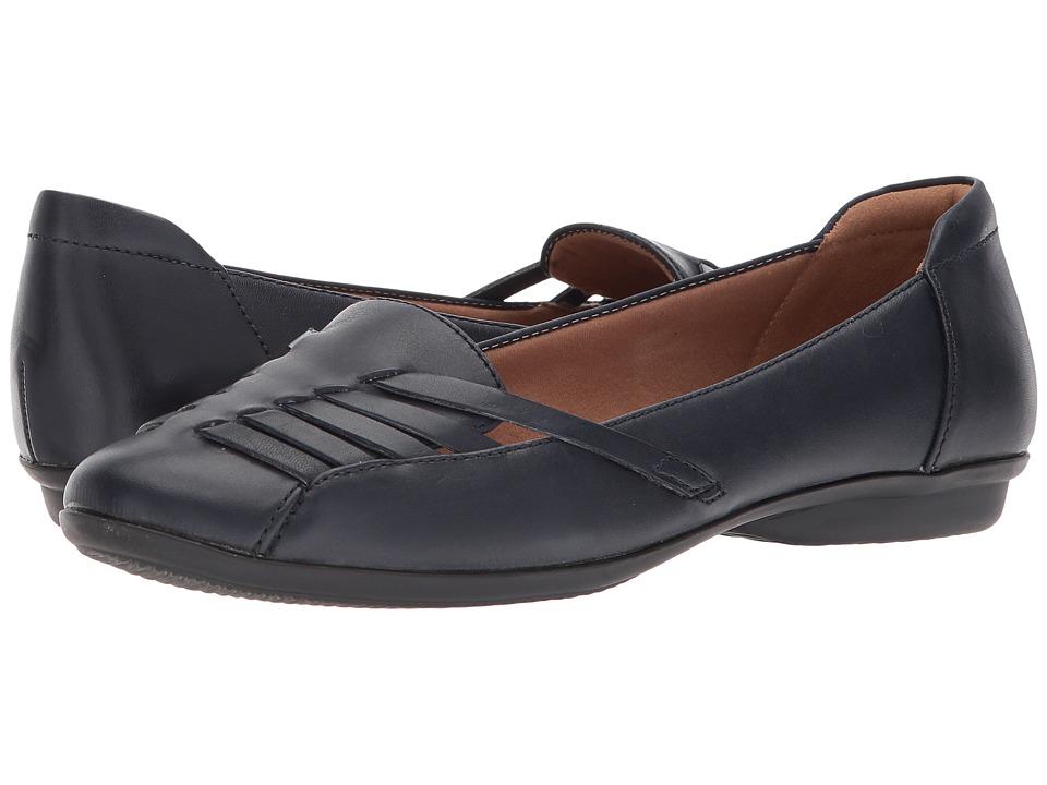 Clarks Gracelin Gemma (Navy Leather) Women's Shoes