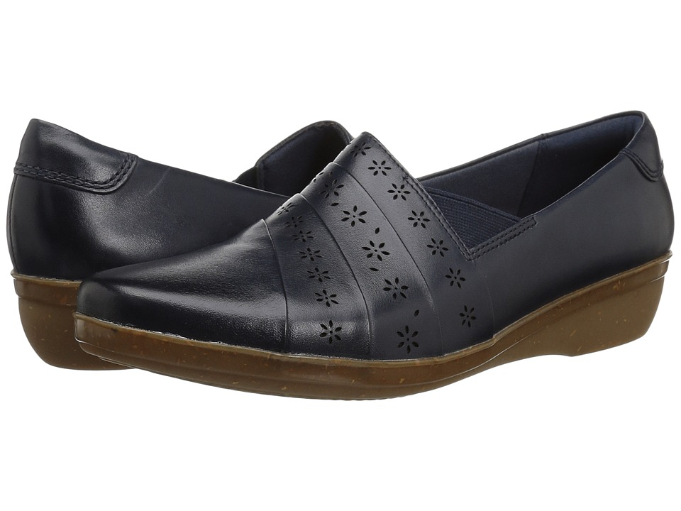 Clarks Everlay Uma (Navy) Women's Shoes