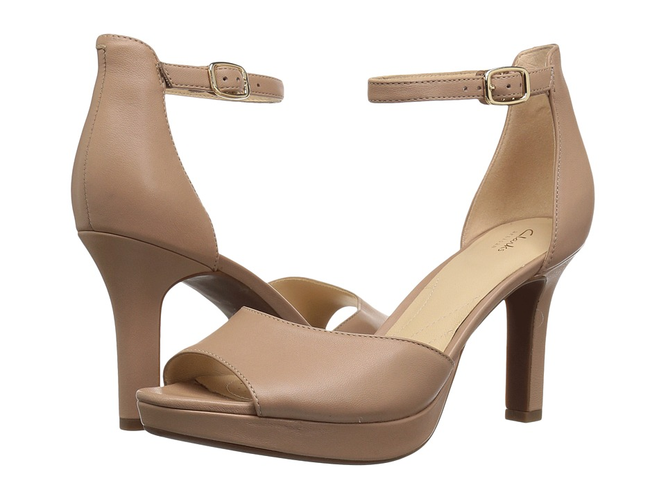 Clarks - Mayra Dove (Beige Leather) High Heels