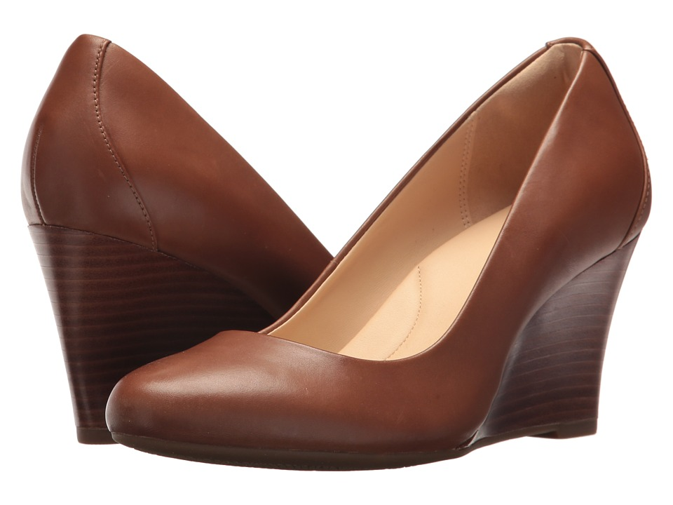 Clarks - Raven Rise (Tan Leather) Womens Wedge Shoes