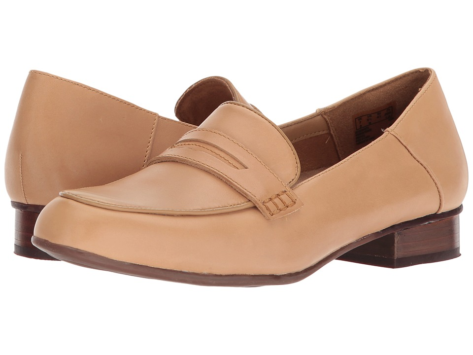 Clarks Keesha Cora (Light Tan Leather) 1-2 inch heel Shoes