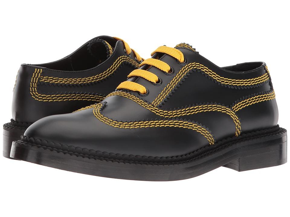 Burberry Bertram L (Black) Women's Lace Up Wing Tip Shoes