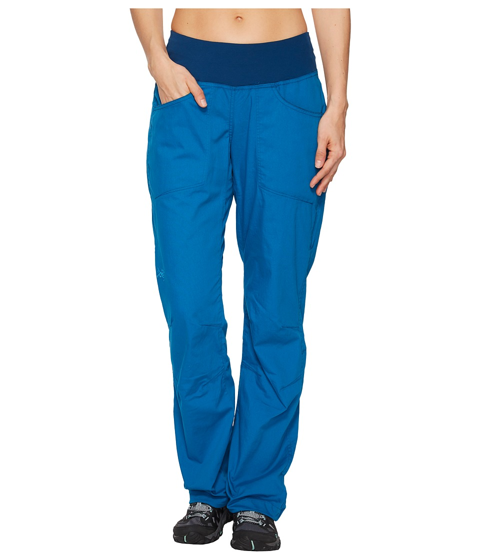 Arc'Teryx Levita Pants (Macaw) Women's Casual Pants