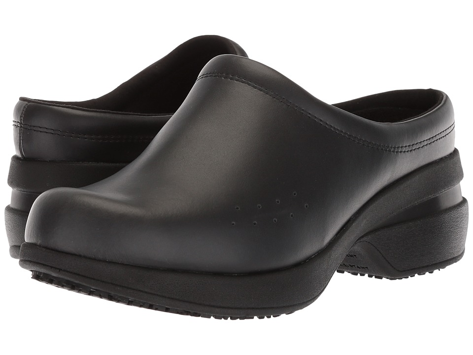Wolverine Xpedite Clog (Black) Women's Industrial Shoes