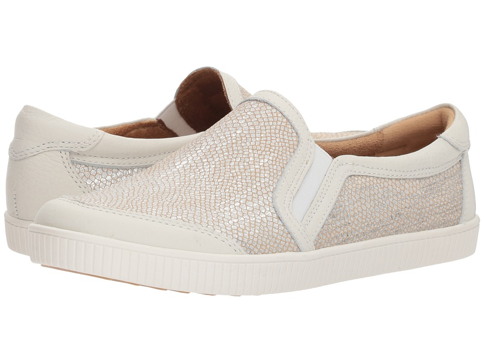 Earth Currant (Light Silver Printed Metallic Suede) Women