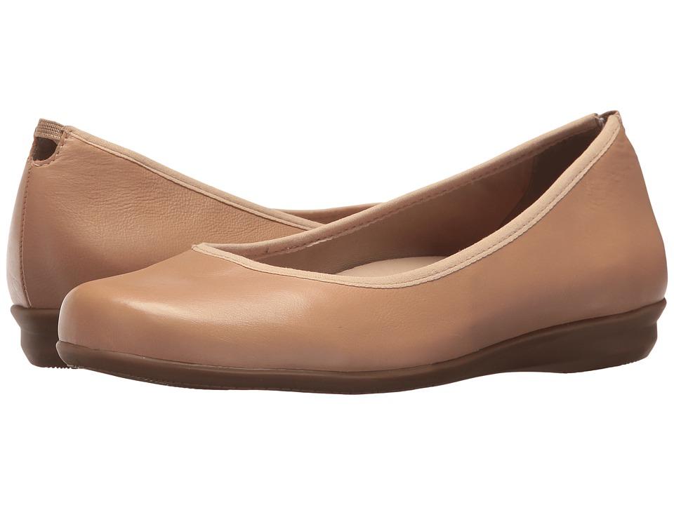 Earth Ennis Earthies (Nude Premium Leather) Women