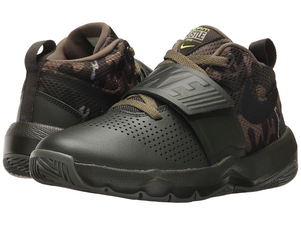 Nike Kids Hustle D 8 Camo (Big Kid) (Sequoia/Black/Volt/Medium Olive) Boys Shoes